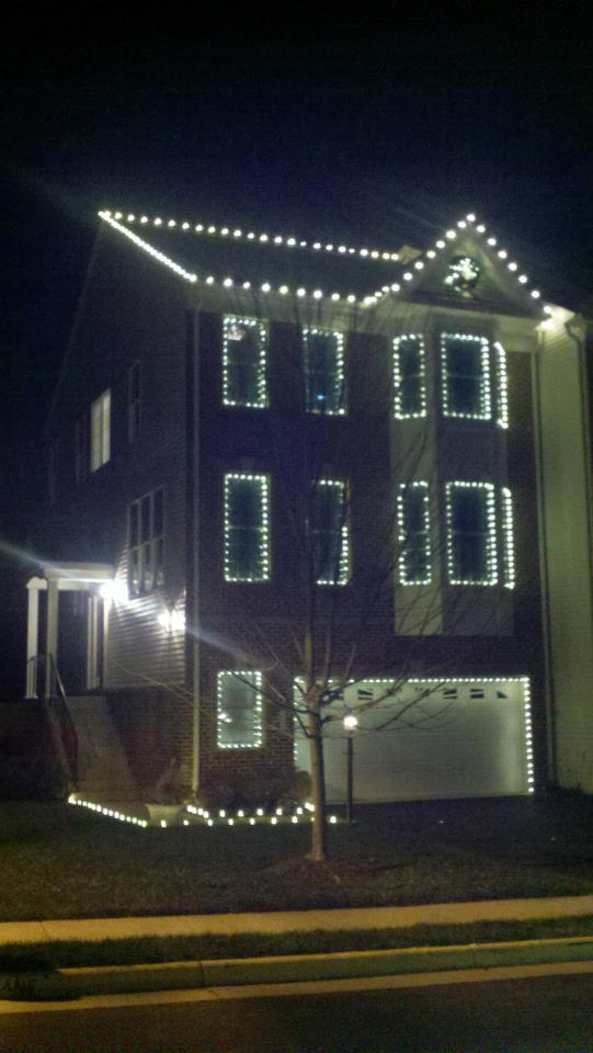 Christmas Lights On A Townhome In Purcellville Va