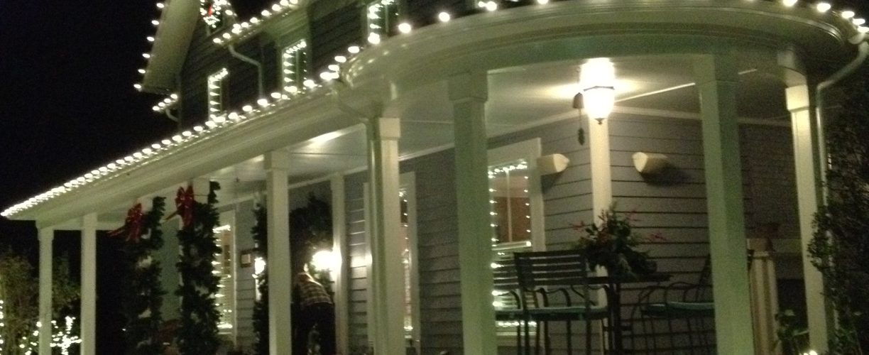 Christmas Light Hanging Services in Round Hill VA | Christmas Lights NOVA